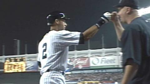 2002 ALDS Gm1: Jeter goes deep in 1st