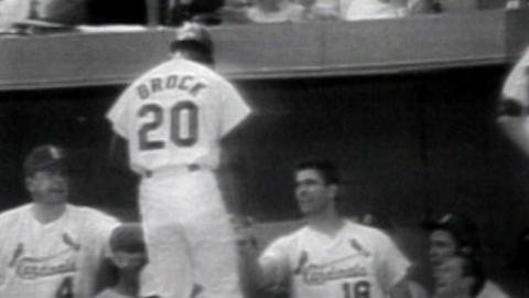1968 WS Gm1: Brock extends lead with solo home run