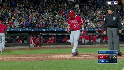LAA@NYM: Marte gets plunked with the bases loaded