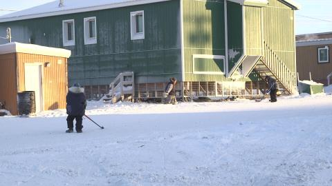 Getting hockey a little 'northern exposure'