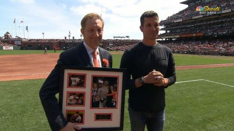 ARI@SF: Lopez is honored during the game