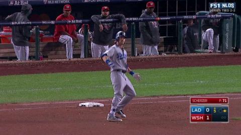 LAD@WSH Gm5: Reddick gets Dodgers' first hit