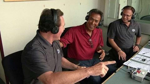 NYY@CLE: Martinez joins the Indians' booth in the 4th