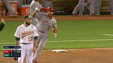 LAA@OAK: Angels come back with eight runs in the 7th