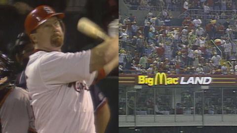 SF@STL: Big Mac sends a home run to Big Mac Land