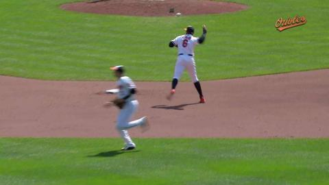 MIN@BAL: Schoop charges, makes off-balance throw