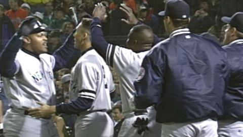 1996 ALCS Gm3: Yanks rally in 8th to take lead