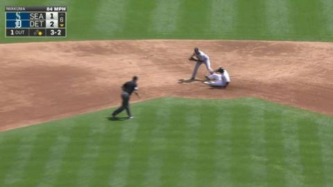 SEA@DET: Seager, Cano turn slick double play in 6th
