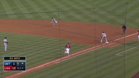 DET@LAA: Romine snags deflected ball, gets Marte