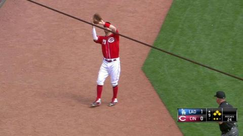 LAD@CIN: Chapman induces popup to escape jam in 9th
