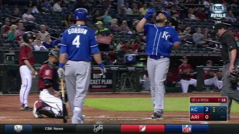 KC@ARI: Morales belts a solo home run to center field