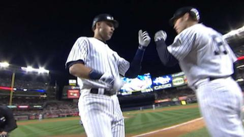 2009 ALDS Gm 1: Jeter hits a two-run shot to tie it