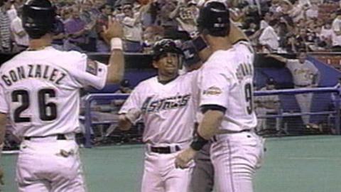 PIT@HOU: Andy Stankiewicz hits a three-run home run