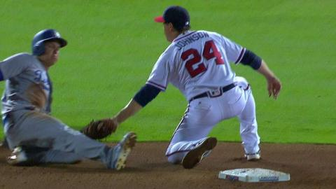 LAD@ATL: Pierzynski catches Pederson stealing