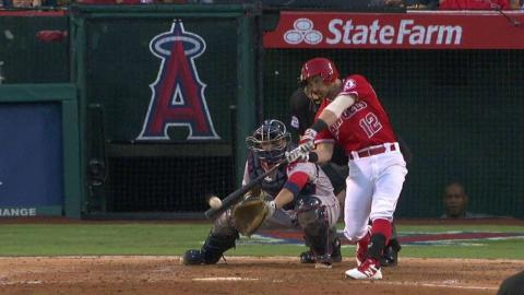 BOS@LAA: Giavotella singles home Simmons in 4th