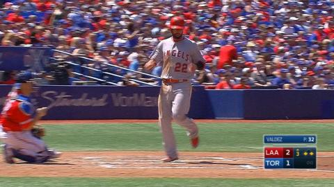 LAA@TOR: Angels score five runs in the 3rd inning