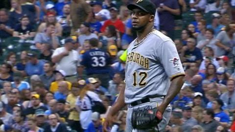 PIT@MIL: Nicasio strikes out five over three innings