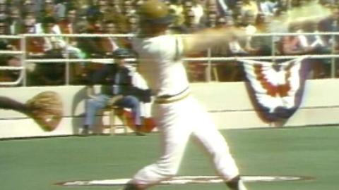 WS1971 Gm5: Robertson connects for a solo home run