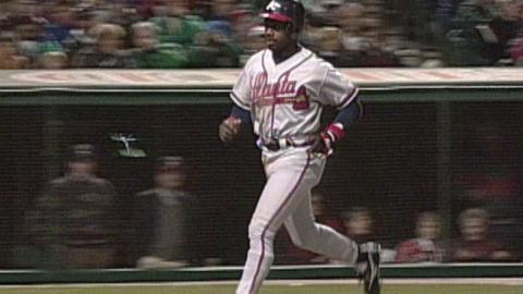 1995 WS Gm4: Polonia's RBI double gives Braves lead