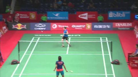 TOTAL BWF World Championships 2015   Badminton Day1 R64 M10-WS   Bur vs Gil
