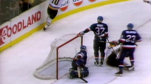 Memories: Isles eliminate Penguins on Volek's OT goal