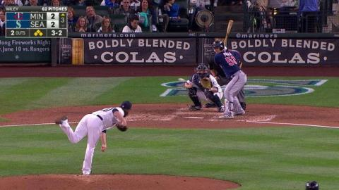 MIN@SEA: Miley strikes out Park, leaves bases loaded