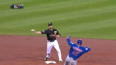 NL WC: Pirates turn an around-the-horn double play