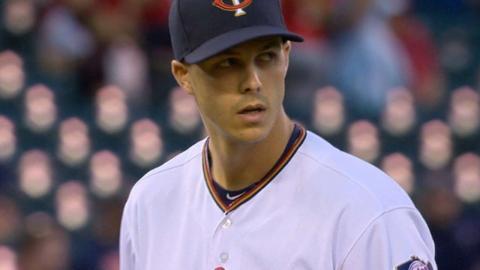 TB@MIN: Rogers earns first Major League win