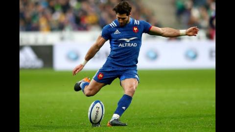 Maxime Machenaud kicks another penalty for France | NatWest 6 Nations