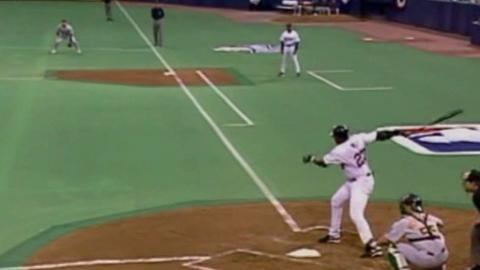 2002 ALDS Gm4: Ortiz gets his first postseason hit