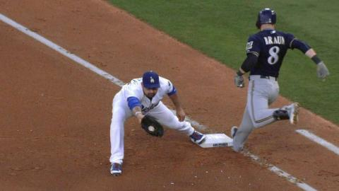 MIL@LAD: Braun out after an overturned call