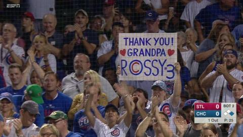 STL@CHC: Ross gets big ovation before first at-bat