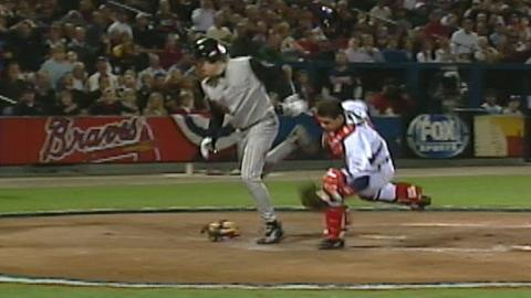 2001 NLCS Gm3: D-backs score two on error in 5th