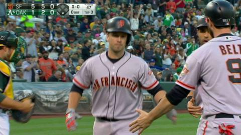 SF@OAK: Posey rockets a three-run homer to center
