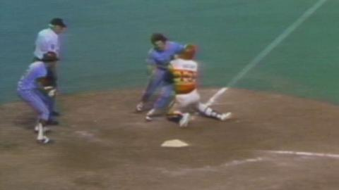 1980 NLCS Gm4: Rose scores go-ahead run in the 10th