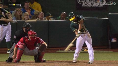 LAA@OAK: Semien hits an RBI single into center field