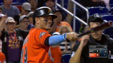 PIT@MIA: Marlins break out for six runs in 7th inning