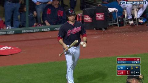 WS2016 Gm6: Russell loses grip of bat while hitting
