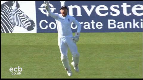 Three wickets in 13 balls from Chris Woakes