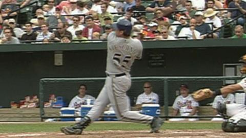 MIL@BAL: Pitcher Kieschnick homers as a DH