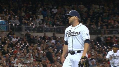 CIN@SD: Kelley strikes out the side in the 7th