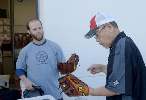 Red Sox: Wilson Glove Day 2014