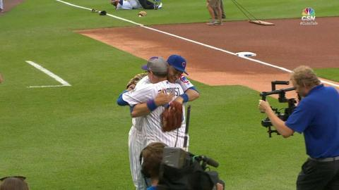 COL@CHC: Zobrist's dad throws out the first pitch