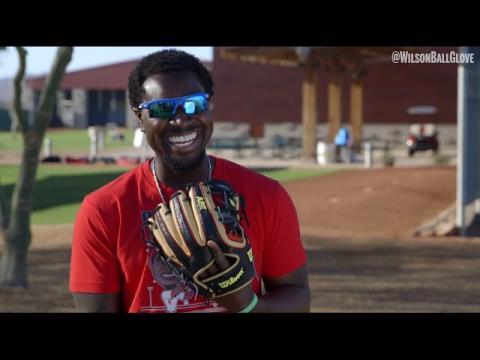 Reds: Wilson Glove Day 2015
