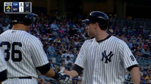 TOR@NYY: Gardner plates Headley with fielder's choice