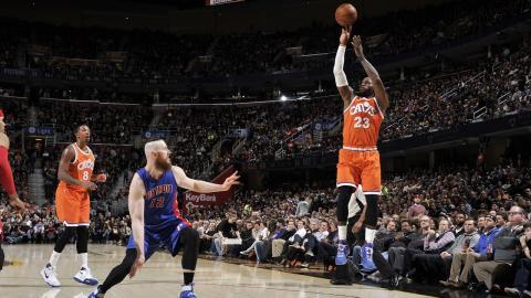 LeBron James Triple Double Against the Pistons!   03.14.17