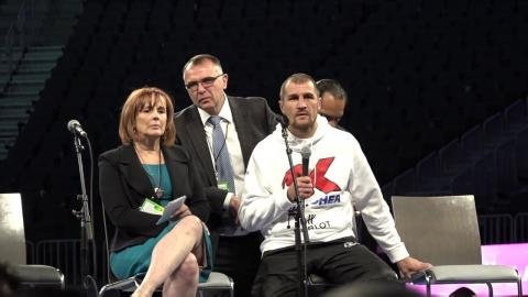 Sergey Kovalev vs Andre Ward Post Fight Presser & Q&A With Kovalev About Andre Ward Robbery !!