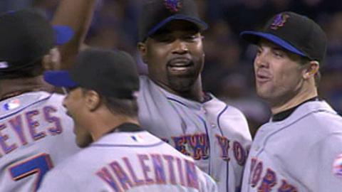 2006 NLDS Gm3: Mets advance to NLCS
