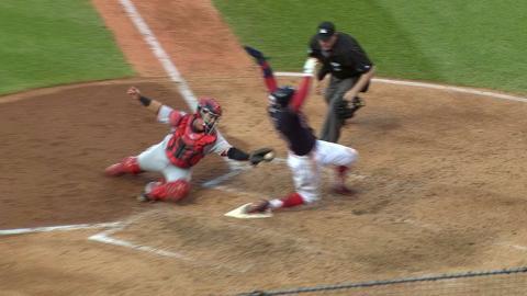 CIN@CLE: Davis ruled safe after awkward slide