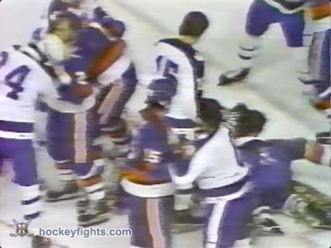 Garry Howatt vs Mike Palmateer Apr 23, 1978
